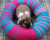 Ugli Donut Bed Large