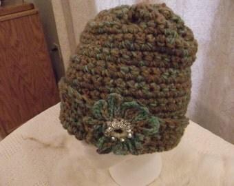 Crochet hat in brown & Teal