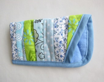 Soft Eye Glasses Case, Quilted Whimsical Eye glasses case, Blue and Green Eye Glass Case