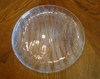 Glass Serving Plate, Wavy Design Serving Tray, Lined Round Serving Platter, Glass Dining Tray