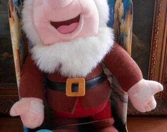Rare New in Box 1992 Walt Disney's Snow White and the Seven Dwarfs SNEEZY