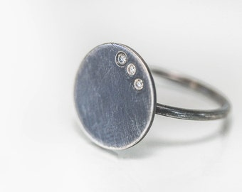 3 Stone Silver Disc Ring in Oxidized Sterling Silver