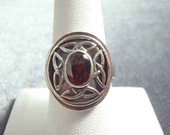REDUCED Sterling Silver PSCL Celtic Garnet Ring Sz 8 CR209