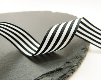 Black And White Stripe Ribbon 16mm Wide Berrisfords Per Metre ---1---