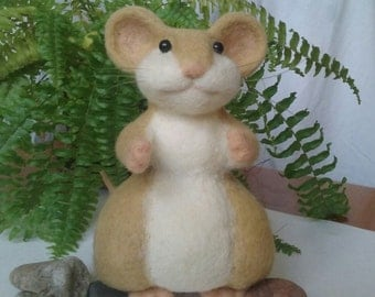 Needle felted  mouse, beige and white