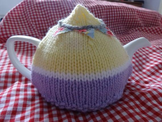 Campervan Tea Cosy Knitting Pattern : Caravan tea cosy cozy knitting pattern pdf, camping retro vintage knitting ea...