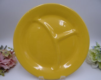 Near Mint 1940s Bauer Pottery Montery Moderne Grill Plate - Canary Yellow - 2 Available