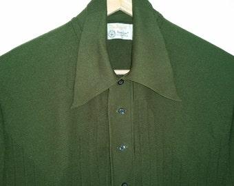 SALE 70's Men's Shirt 100% Banlon Top Olive Drab Green Knit Shirt Pointy Collar Nerd Style Hipster Shirt Urban Hipster Sweater Size Medium