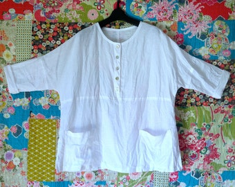White Linen top, Summer shirt, Linen clothing, Genuine handmade, Linen & cotton, Oversized  top, Maternity, Ladies shirt, Top with Pockets.