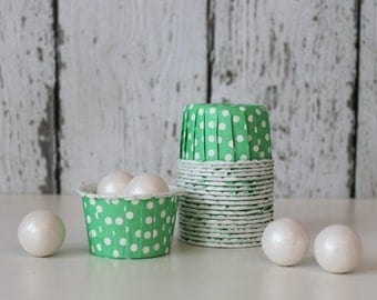 CANDY CUPS - Green with White Dots - Set of 20 : The Paper Doll