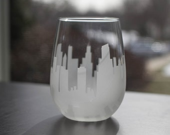 Etched Chicago, Illinois Skyline Silhouette Wine Glasses or Stemless Wine Glasses