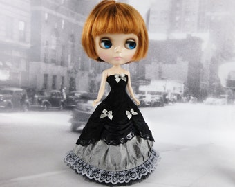 Long black and grey victorian dress hand made fits Blythe doll