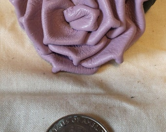 Lavender Plonge Leather Rose Pin