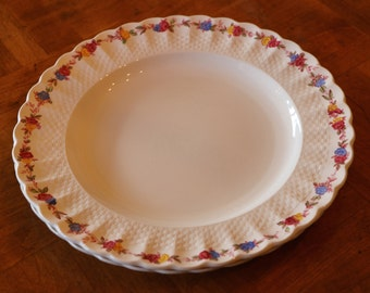 "Copeland Spode ""Wicker Rose"" Pattern S721 Basketweave Embossed Rim English Ironstone Set of Two Dinner Plates"