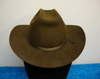 Beaver Hats since 1860 Bullrider Style Cowboy Hat Size 7 1/2