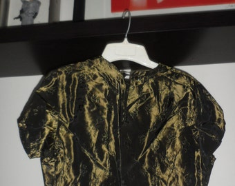 vintage 40 50s ? olive green silk ? shimmer floral detail blouse   very fitted nipped  waist  great buttons small