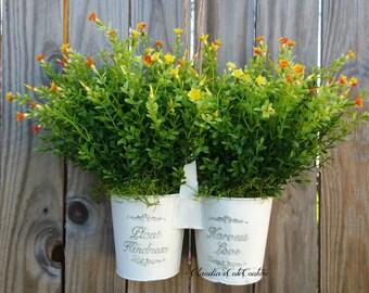 Spring Wreath,Easter Basket,Flower Wreath,Mother'sDay Gift,Door Hangers,Wreath,Iron Bucket,Wedding Wreath,Boxwood Basket,Rustic,Green Wreath