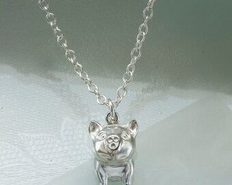 Pig pendant in Sterling Silver.
