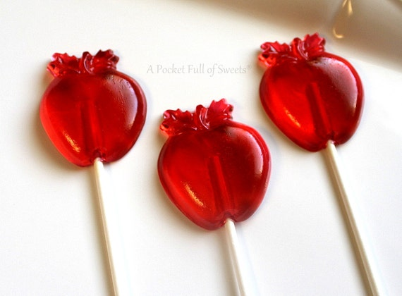 Snow White Baby Shower, 10 Snow White Party Favors, Snow White Birthday, Very Hungry Caterpillar Birthday Party, Red APPLE, Lollipop Favors