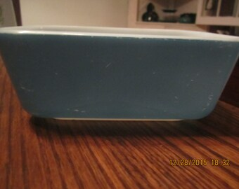 Blue Pyrex Ovenware  Casserole Dish 0502