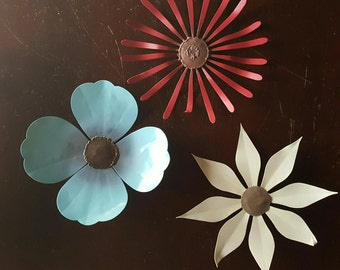 Perpetual Petaled Metal Wallflowers