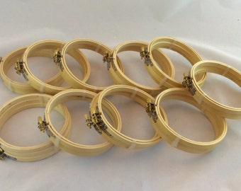 """5"""" round Wood embroidery hoops x 30, lot of 5"""" round wood embroidery hoops, round frames"""