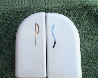 50s style salt and pepper shakers
