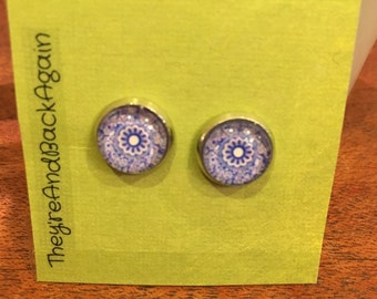 10mm Glass Blue&White China Pattern Stud Earrings