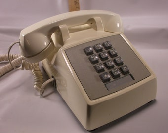 Retro 1970 s White ATT Telephone Push Button Phone .epsteam