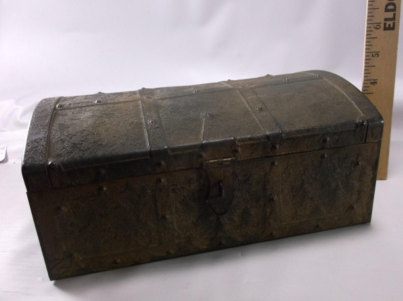 Vintage Kennedy Mfg Co Van Wert Oh Pirate Treasure Chest Metal