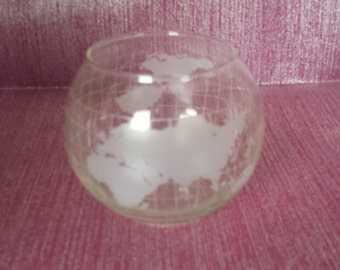 Nestle Globe Vase/Rose Bowl