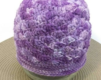 Girls variegated purple crochet shell stitch hat ages 3-5 years