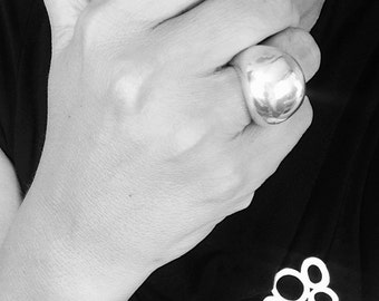 Beautiful Sterling Silver Dome Ring