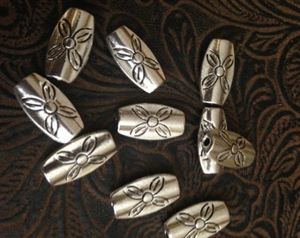 20 Pieces Beads Oval Beads rectangle shaped Flat on sides floral design 17x9mm 16 pieces  Opening 1.95mm Antique Silver Finish 19-25-AS