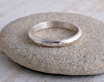 Silver ring 3mm sterling silver band ring hammered band ring 925 hammer finish made in UK d shape