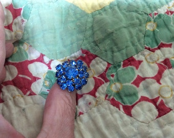 VINTAGE Cornflower Blue CRYSTAL RING Adjustable Size Mint Condition Free Shipping