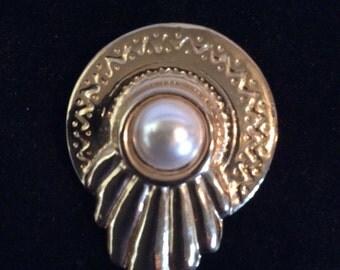 Pearl beaded brooch 1-1/2 in