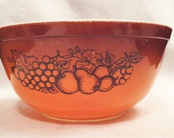 Pyrex Old Orchard pattern 403 bowl