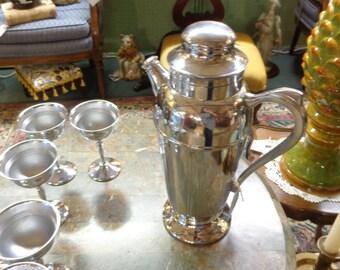 Tribecas Treasures Mid  Century Chrome Coctail Shaker Set / Pitcher Drink Set