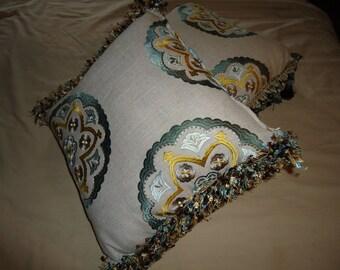 2 pc  Throw Pillow set