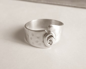 Hammered silver ring asymmetrical