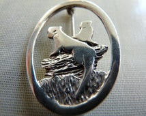 Malcolm Gray Scottish Orkney handmade vintage otter brooch 1960s silver