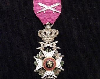 WW I militaria medal for officers, Order of Leopold with swords