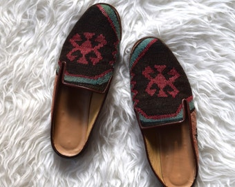 Turkish Kilim Shoes/ Wool Mules/ Tribal Tapestry Flats/ Womens Size 5.5/ 6