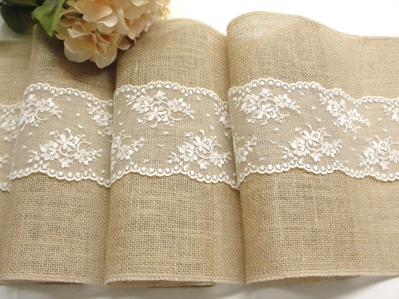 Burlap table runner with dusty hay country lace table runner - Chemin de table toile de jute dentelle ...