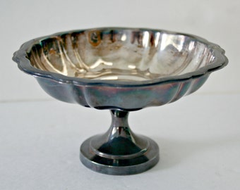 WM A Rogers Silver Plate Compote, Vintage Silver Candy Dish, Pedestal Dish, Nut Bowl, Scalloped Edge Silver Dish, Metal Bowl, French Cottage