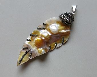 Pave Rhinestone Shell Pendant - B1487