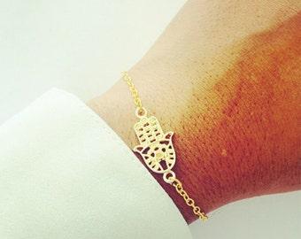 Gold Hand of Hamsa Bracelet