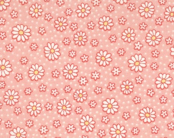 White and yellow flower with pink background 1933's quilting fabric 32255-24