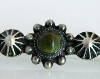 Navajo Native American Fred Harvey Era Natural Green Turquoise Sterling Silver Pin 1940s